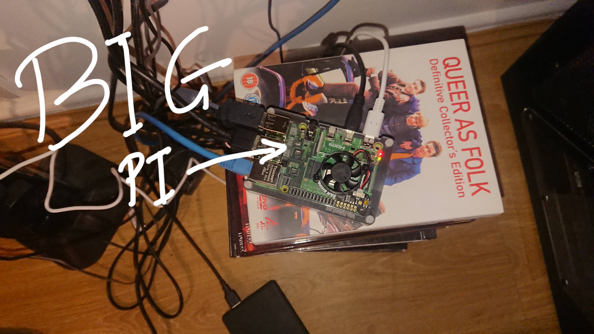 The 8Gb Pi 4 with Pimoroni Fan-Shim installed